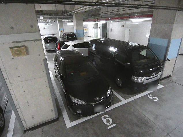 NTTルパルク品川港南第1駐車場2ライブカメラは、東京都港区港南のNTTルパルク品川港南第1駐車場に設置されたコインパーキングが見えるライブカメラです。