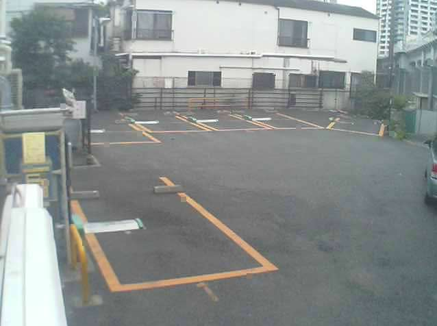 NTTルパルク神明第1駐車場ライブカメラは、東京都品川区二葉のNTTルパルク神明第1駐車場に設置されたコインパーキングが見えるライブカメラです。