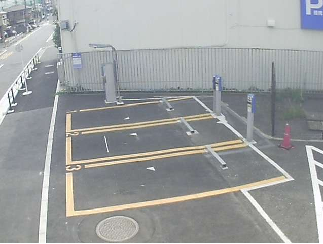 NTTルパルク高野台第1駐車場ライブカメラは、東京都練馬区高野台のNTTルパルク高野台第1駐車場に設置されたコインパーキングが見えるライブカメラです。