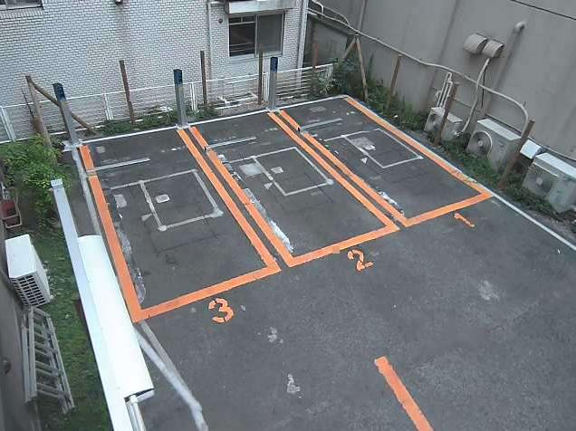 NTTルパルク砧8丁目第1駐車場ライブカメラは、東京都世田谷区砧のNTTルパルク砧8丁目第1駐車場に設置されたコインパーキングが見えるライブカメラです。