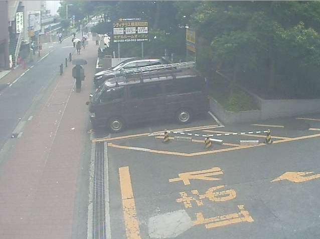 NTTルパルク横浜西第3駐車場2ライブカメラは、神奈川県横浜市西区のNTTルパルク横浜西第3駐車場に設置されたコインパーキング・横浜駅西口周辺が見えるライブカメラです。