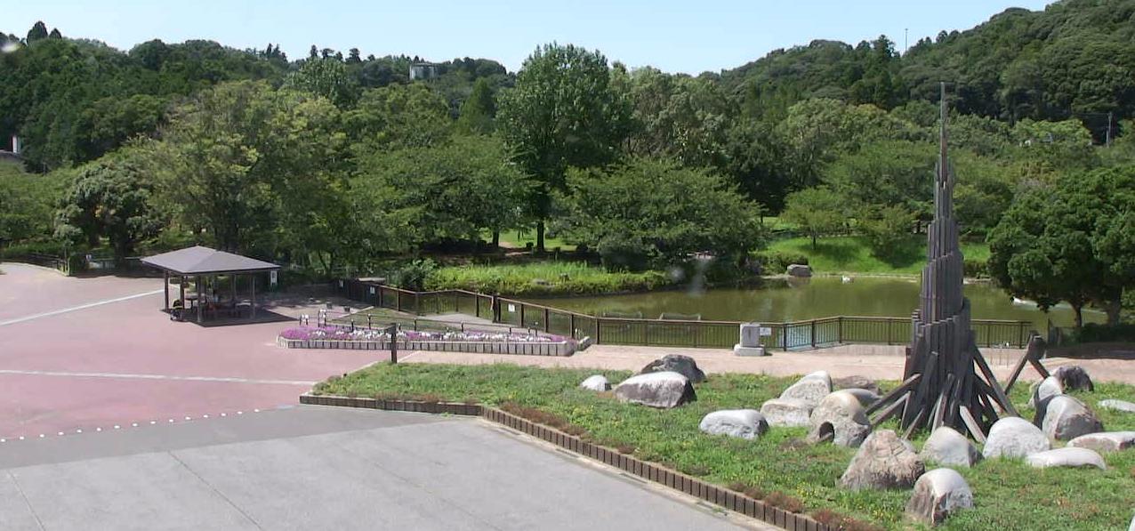 袖ケ浦公園管理事務所ライブカメラは、千葉県袖ケ浦市飯富の袖ケ浦公園に設置された公園内が見えるライブカメラです。