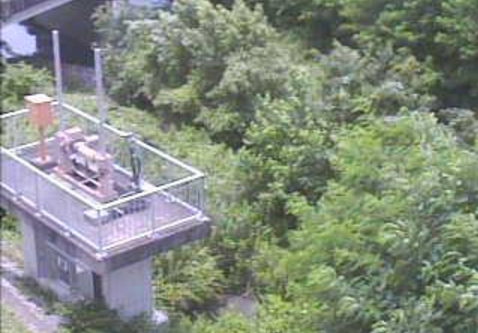 岐阜県多治見市昭和町の笠原川ポンプ場(笠原川右岸ポンプ場)に設置された笠原川ポンプ場が見えるライブカメラです。