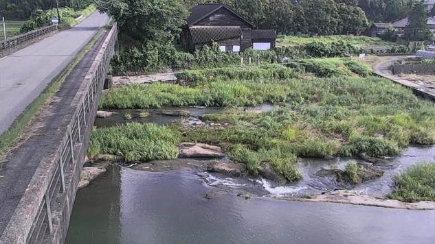 大分県杵築市山香町の橋付近に設置された竜頭橋・八坂川が見えるライブカメラです。