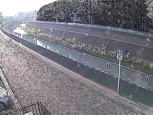 平瀬川平瀬橋ライブカメラは、神奈川県川崎市高津区の平瀬橋に設置された平瀬川が見えるライブカメラです。