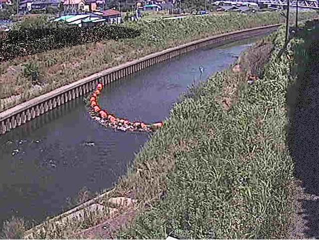 境川大清水橋ライブカメラは、神奈川県藤沢市大鋸の大清水橋に設置された境川が見えるライブカメラです。