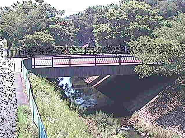 境川寿橋ライブカメラは、神奈川県相模原市緑区の寿橋に設置された境川が見えるライブカメラです。