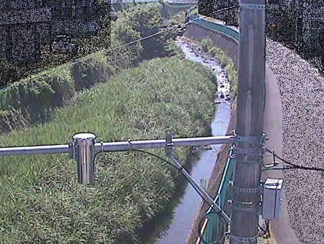 室川根下橋ライブカメラは、神奈川県秦野市室町の根下橋に設置された室川が見えるライブカメラです。
