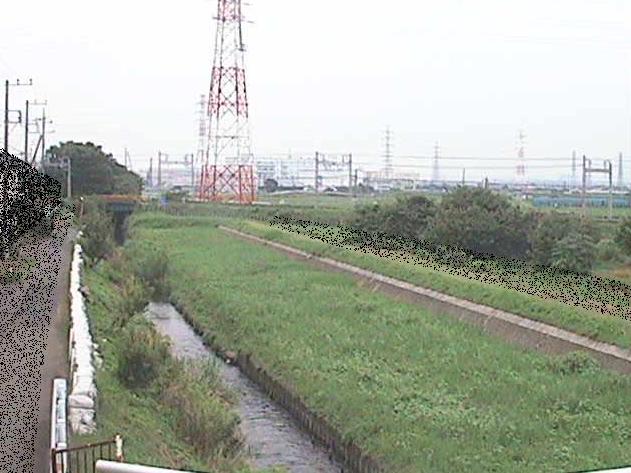 渋田川若宮橋ライブカメラは、神奈川県伊勢原市下糟屋の若宮橋に設置された渋田川が見えるライブカメラです。