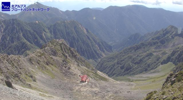 槍ヶ岳山荘常念岳蝶ヶ岳ライブカメラは、長野県松本市埋橋の槍ヶ岳山荘に設置された常念岳・蝶ヶ岳が見えるライブカメラです。