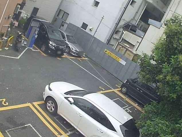 NTTルパルク横須賀中央第1駐車場1ライブカメラは、神奈川県横須賀市若松町のNTTルパルク横須賀中央第1駐車場に設置されたコインパーキングが見えるライブカメラです。