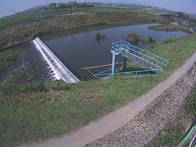 鈴川舟橋ライブカメラは、神奈川県平塚市岡崎の舟橋に設置された鈴川が見えるライブカメラです。