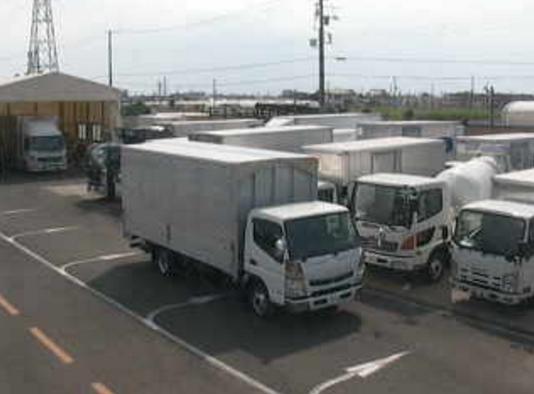リトラス千葉支店ライブカメラは、千葉県船橋市旭町のリトラス千葉支店に設置された敷地内全体が見えるライブカメラです。