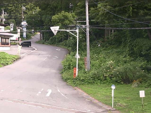 みなかみ町大芦観測所ライブカメラは、群馬県みなかみ町藤原の大芦に設置された大芦交差点付近・群馬県道63号水上片品線(奥利根ゆけむり街道)が見えるライブカメラです。