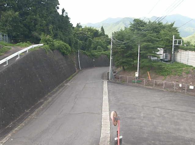 みなかみ町小川観測所ライブカメラは、群馬県みなかみ町小川の小川観測所に設置された和名中地区入口が見えるライブカメラです。