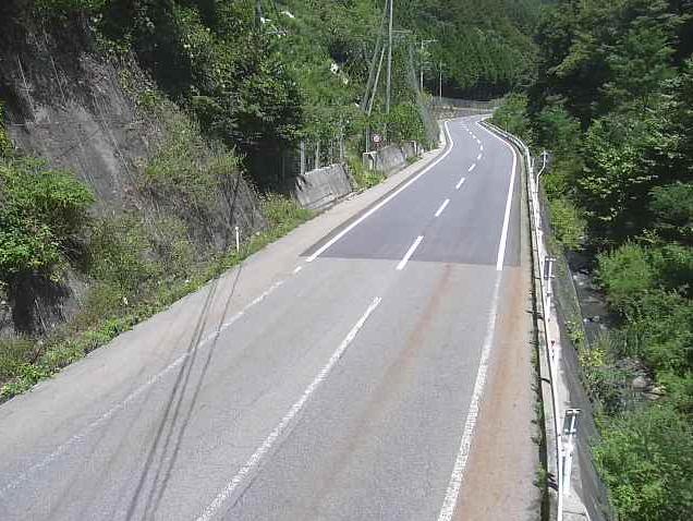 国道361号神谷ライブカメラは、長野県木曽町日義の神谷に設置された国道361号が見えるライブカメラです。