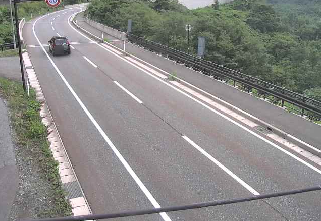 国道148号外沢ライブカメラは、長野県小谷村中土の外沢に設置された国道148号が見えるライブカメラです。