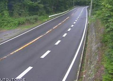 国道153号善知鳥峠ライブカメラは、長野県塩尻市旧塩尻の善知鳥峠に設置された国道153号が見えるライブカメラです。