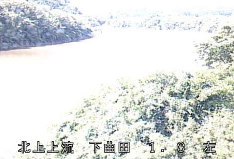 北上川下曲田ライブカメラは、岩手県一関市藤沢町の下曲田に設置された北上川が見えるライブカメラです。