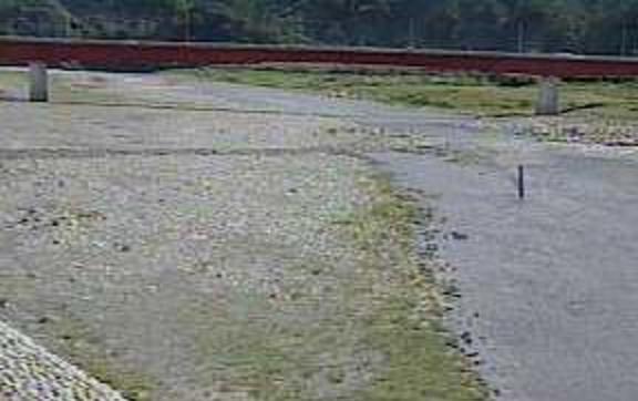 富士川南部ライブカメラは、山梨県南部町南部の南部に設置された富士川が見えるライブカメラです。
