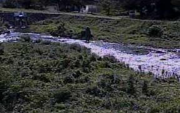 笛吹川亀甲橋ライブカメラは、山梨県山梨市小原西の亀甲橋に設置された笛吹川が見えるライブカメラです。