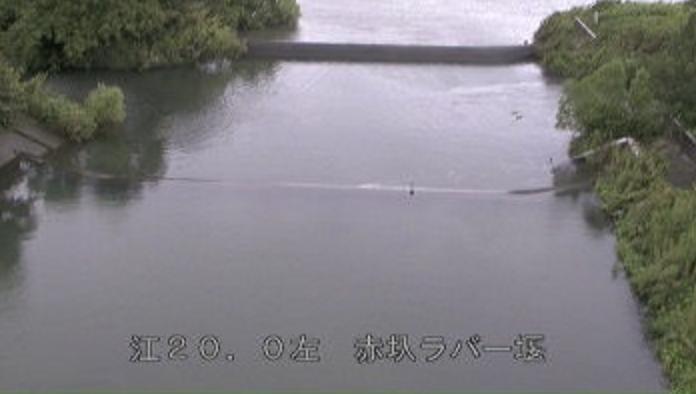 坂川松戸水位観測所赤圦ラバー堰ライブカメラは、千葉県松戸市松戸の松戸水位観測所(松戸水位流量観測所)赤圦ラバー堰に設置された坂川が見えるライブカメラです。