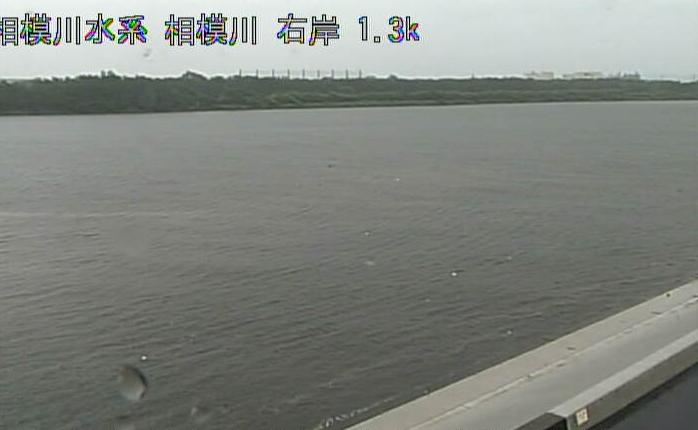 相模川久領堤ライブカメラは、神奈川県平塚市久領堤の久領排水樋管に設置された相模川が見えるライブカメラです。