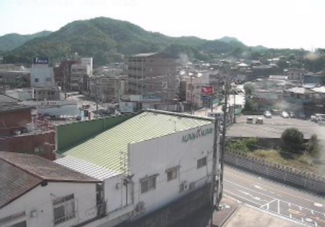 昭和市民センターライブカメラは、広島県呉市焼山中央の昭和市民センターに設置された焼山中央周辺が見えるライブカメラです。