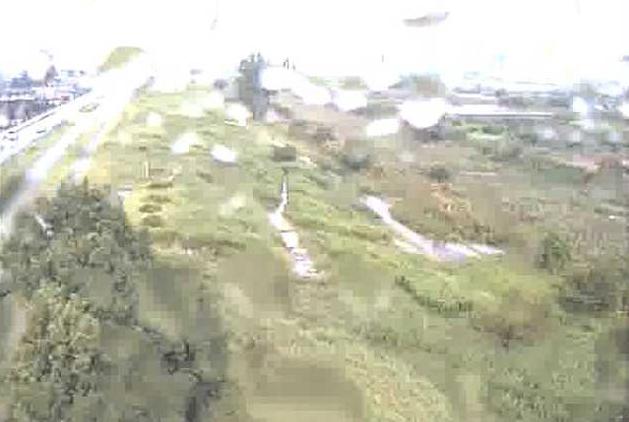 阿武隈川小田川水門ライブカメラは、宮城県角田市角田の小田川水門に設置された阿武隈川が見えるライブカメラです。