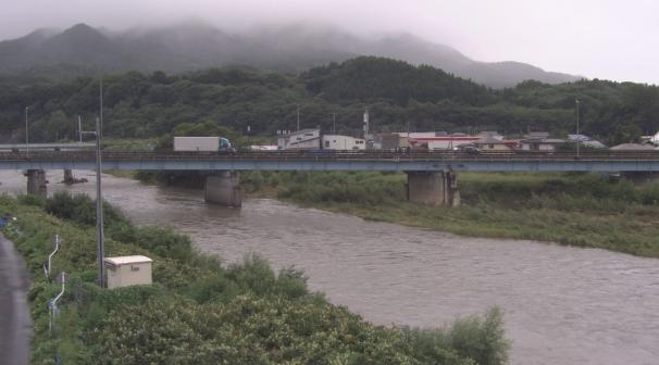 馬淵川古牧橋近郊ライブカメラは、青森県南部町大向の古牧橋近郊に設置された馬淵川が見えるライブカメラです。
