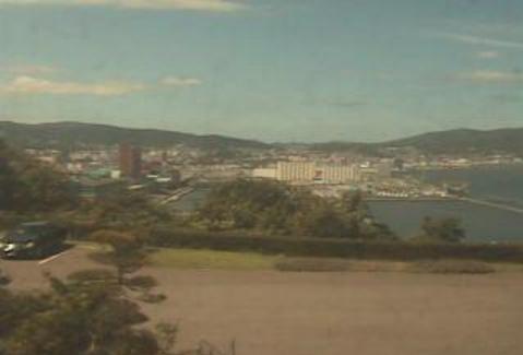 北海道小樽市au天気ライブカメラは、北海道の小樽市に設置された上空天気が見えるライブカメラです。