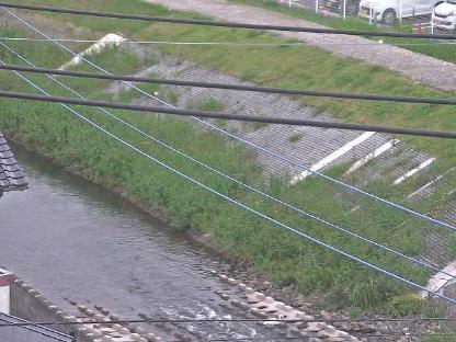 碇川平恒中野市住ライブカメラは、福岡県飯塚市平恒の中野集会所に設置された碇川が見えるライブカメラです。
