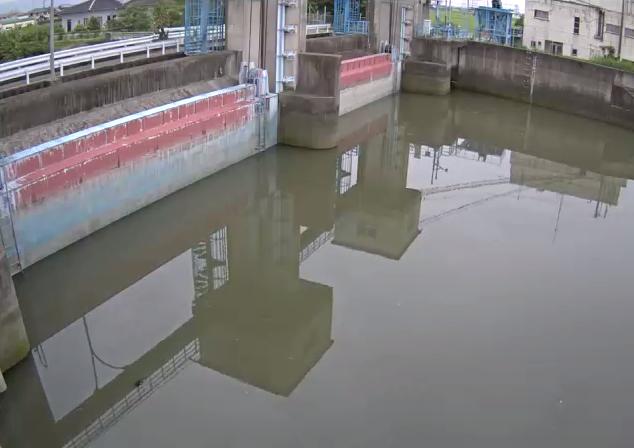 福所江川福所江第2排水機場Bライブカメラは、佐賀県小城市芦刈町の福所江第2排水機場(福所江第二排水機場)に設置された福所江川が見えるライブカメラです。