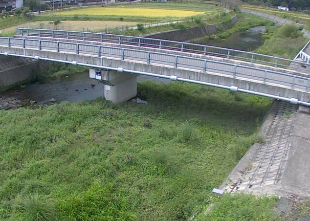 大日山川力万ライブカメラは、兵庫県佐用町の力万(力万橋)に設置された大日山川が見えるライブカメラです。