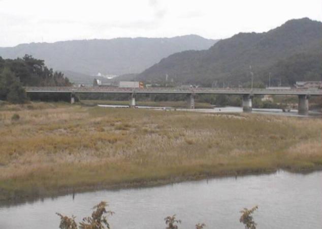 千種川有年第1ライブカメラは、兵庫県赤穂市東有年の有年(有年橋)に設置された千種川が見えるライブカメラです。