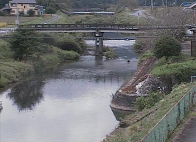 安室川八保甲ライブカメラは、兵庫県上郡町の八保甲(永代橋)に設置された安室川が見えるライブカメラです。