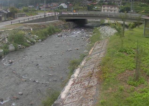 福知川福知ライブカメラは、兵庫県宍粟市一宮町の福知(福知橋)に設置された福知川が見えるライブカメラです。