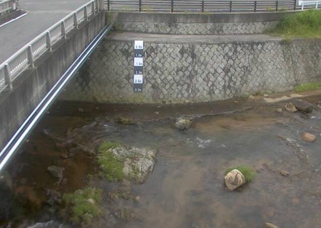 出石川出石ライブカメラは、兵庫県豊岡市但東町の出石に設置された出石川が見えるライブカメラです。