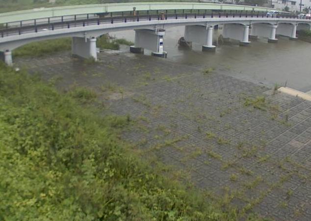 篠山川糯ケ坪ライブカメラは、兵庫県篠山市河原町の糯ケ坪に設置された篠山川が見えるライブカメラです。