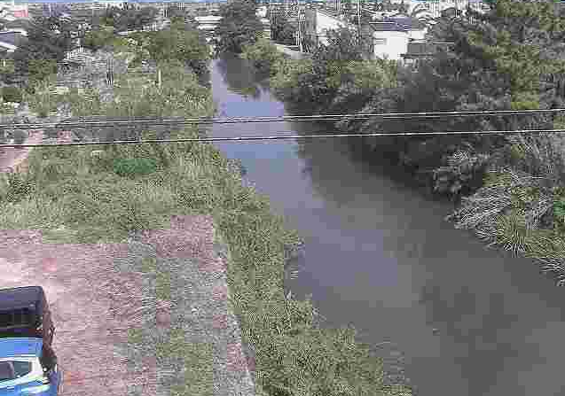 天明新川補給水橋ライブカメラは、熊本県熊本市南区の補給水橋に設置された天明新川が見えるライブカメラです。