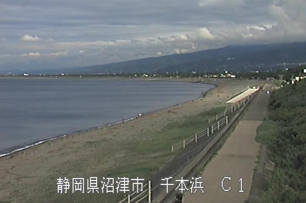 富士海岸千本浜ライブカメラは、静岡県沼津市の千本浜に設置された富士海岸・千本浜海水浴場が見えるライブカメラです。