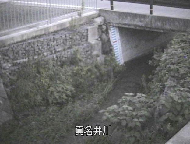 真名井川水位観測所ライブカメラは、京都府宮津市江尻の真名井川水位観測所に設置された真名井川が見えるライブカメラです。