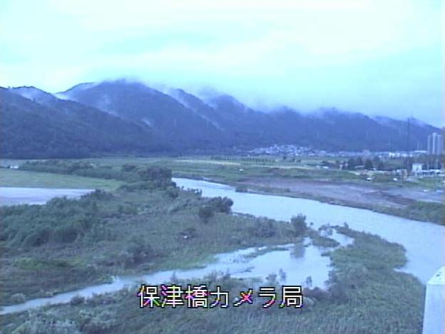 桂川保津橋ライブカメラは、京都府亀岡市保津町の保津橋に設置された桂川が見えるライブカメラです。