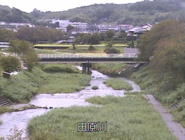 田原川大導寺川合流部ライブカメラは、京都府宇治田原町岩山の大導寺川合流部に設置された田原川が見えるライブカメラです。