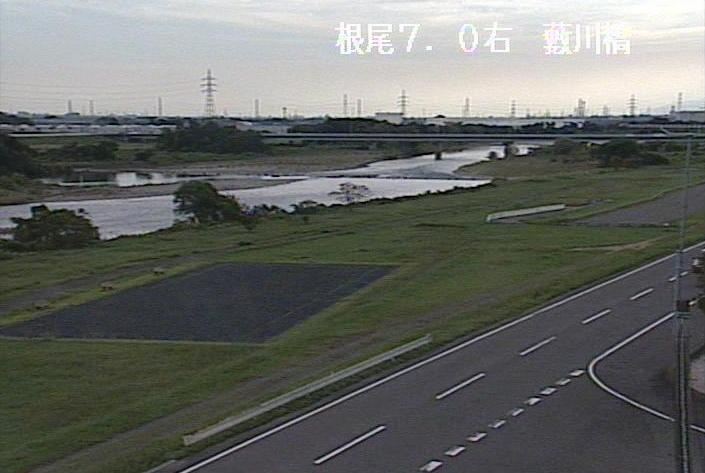 根尾川薮川橋ライブカメラは、岐阜県大野町黒野の薮川橋に設置された根尾川が見えるライブカメラです。