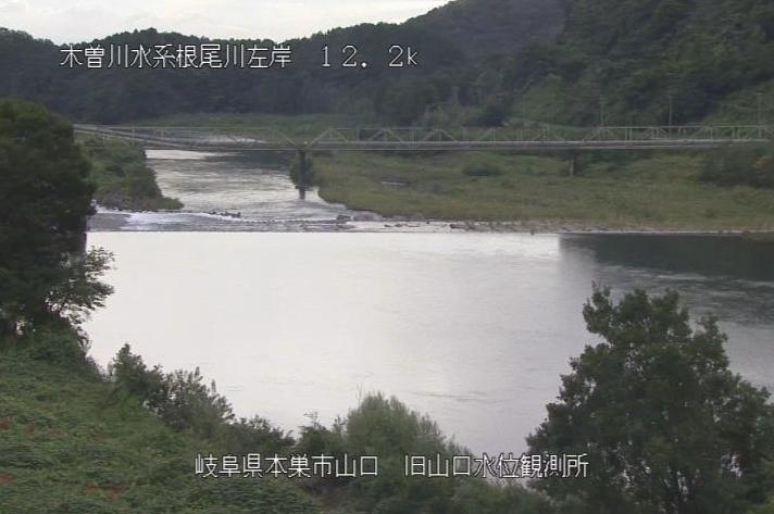 根尾川山口ライブカメラは、岐阜県本巣市山口の旧山口水位観測所に設置された根尾川が見えるライブカメラです。
