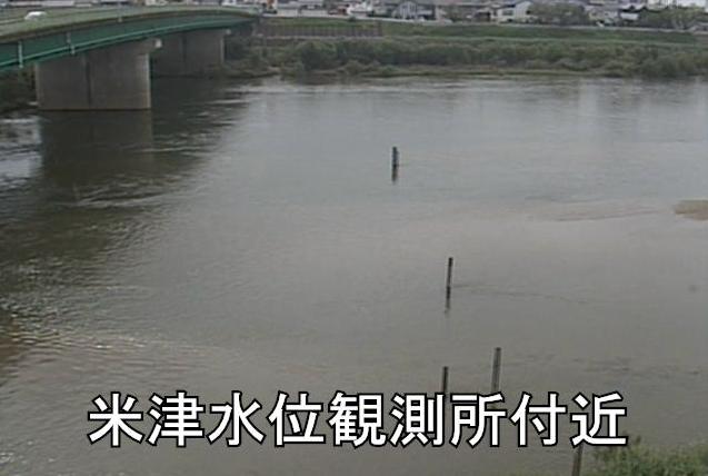 矢作川米津水位観測所ライブカメラは、愛知県西尾市米津町の米津水位観測所に設置された矢作川が見えるライブカメラです