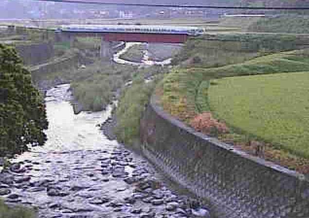 津留川大窪ライブカメラは、熊本県美里町大窪の大窪(舞鹿野橋付近)に設置された津留川が見えるライブカメラです。