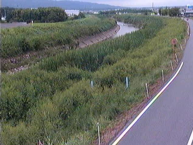曽我川保田下流ライブカメラは、奈良県川西町保田の保田下流に設置された曽我川が見えるライブカメラです。