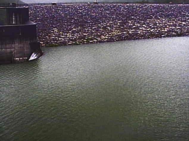 野洲川青土ダムライブカメラは、滋賀県甲賀市土山町の青土ダムに設置された野洲川が見えるライブカメラです。